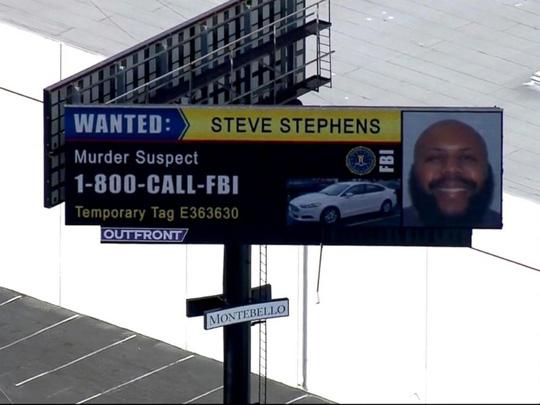 Mỹ: Sát thủ live Facebook tự sát giữa vòng vây cảnh sát - Ảnh 2.