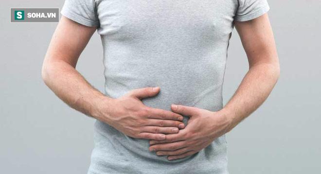 Những triệu chứng cảnh báo quý ông nên đi khám bệnh viêm tuyến tiền liệt ngay - Ảnh 2.