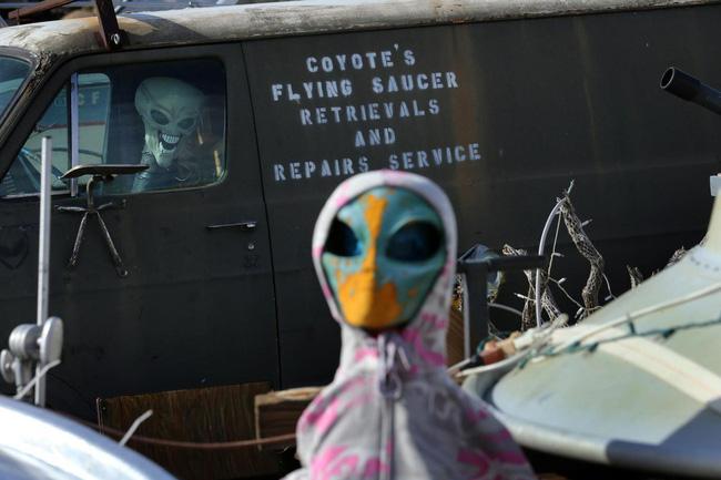 Nếu người ngoài hành tinh thực sự liên lạc với chúng ta, điều gì sẽ xảy ra? - Ảnh 1.