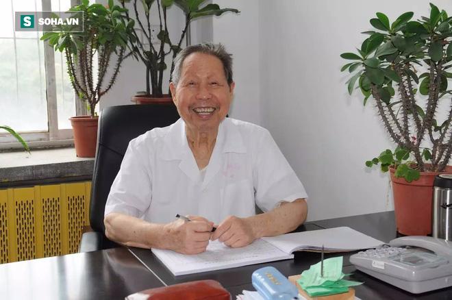 88 tuổi gãy chân, 2 tháng đã hồi phục: GS Đông y nổi tiếng tiết lộ 3 bí quyết khoẻ xương - Ảnh 6.