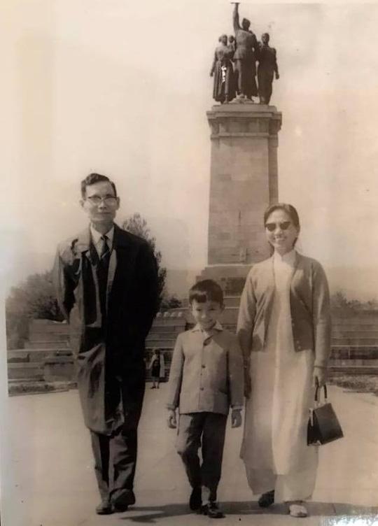 Đại sứ Phạm Sanh Châu với nỗi đau riêng của cuộc đời - Ảnh 2.
