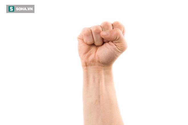 Nắm chặt tay trong 30 giây: Cách tự khám và khắc phục bệnh nội tạng tuyệt vời của Đông y - Ảnh 1.