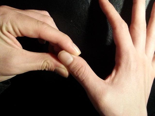Nắm chặt tay trong 30 giây: Cách tự khám và khắc phục bệnh nội tạng tuyệt vời của Đông y - Ảnh 2.