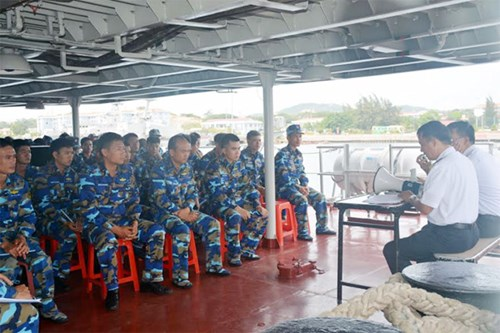 Tàu Hải quân Việt Nam đi Singapore dự nhiều hoạt động quốc tế - Ảnh 1.