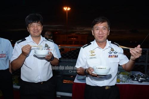 Hải quân và Đặc công Việt Nam - Những chuyến xuất quân ấn tượng - Ảnh 2.