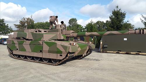 Pháp trang bị pháo 140mm trên dòng xe tăng chiến đấu chủ lực - Ảnh 1.