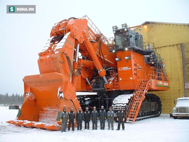 Chiếc máy xúc lớn nhất thế giới, nặng bằng hai cái Boeing 747 cộng lại - Ảnh 2.