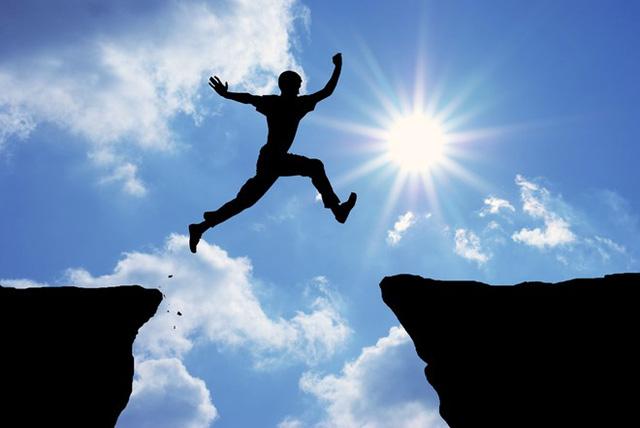 4 chữ vàng mà chỉ những triệu phú tự thân thành công mới có thể thấu hiểu: Giới hạn, nỗi sợ, kiên nhẫn, mục tiêu - Ảnh 1.