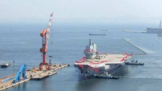 Triển khai tàu Izumo, Nhật gửi thông điệp cứng rắn tới Trung Quốc? - Ảnh 1.
