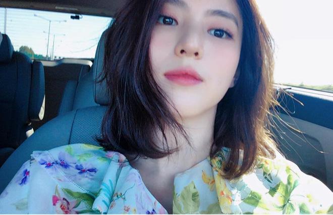 Vẻ ngoài vừa ngọt ngào, vừa cá tính của cô bạn Hàn Quốc từng góp mặt trong MV Tell Me What To Do (SHINee) - Ảnh 2.