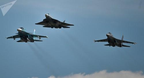 PAK FA và Su-35S: Trụ cột tương lai của Không lực Nga - Ảnh 1.