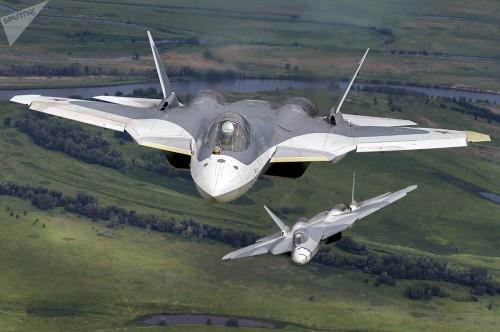 PAK FA và Su-35S: Trụ cột tương lai của Không lực Nga - Ảnh 2.