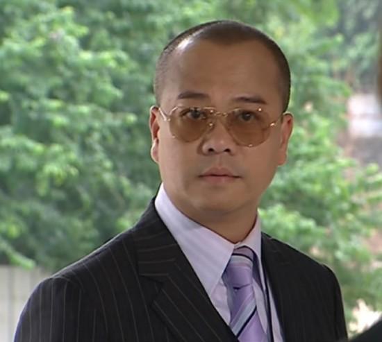 Vua hài Âu Dương Chấn Hoa và chuyện tình với cháu gái ông chủ sòng bạc lớn nhất Macau - Ảnh 1.