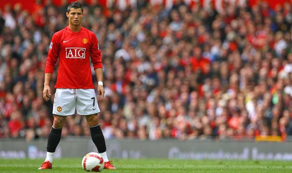 Tại sao Ronaldo sẽ là một món hời cho Man United? - Ảnh 1.