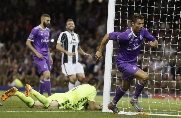 Ronaldo sẽ trở lại Man United trong hình hài của một Vua vòng cấm! - Ảnh 2.