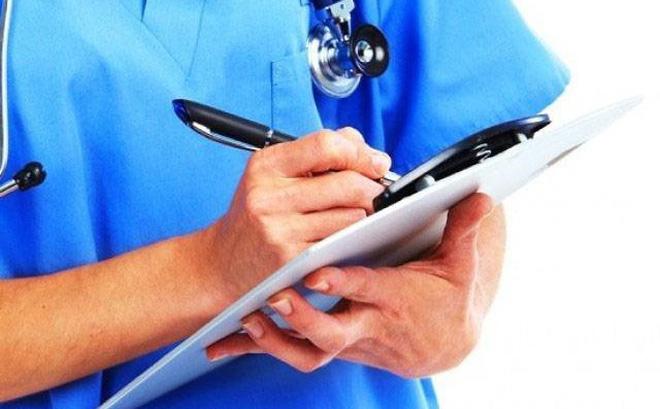 Các bác sĩ cứ săn sóc bệnh nhân như người nhà thì sẽ ít bị tấn công - Ảnh 3.