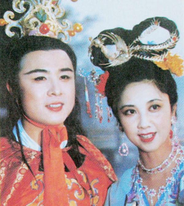 Thực hư tin đồn Nữ Vương Tây Lương phim giả tình thật với Đường Tăng Tây du Ký 1986 nên không lấy chồng - Ảnh 1.