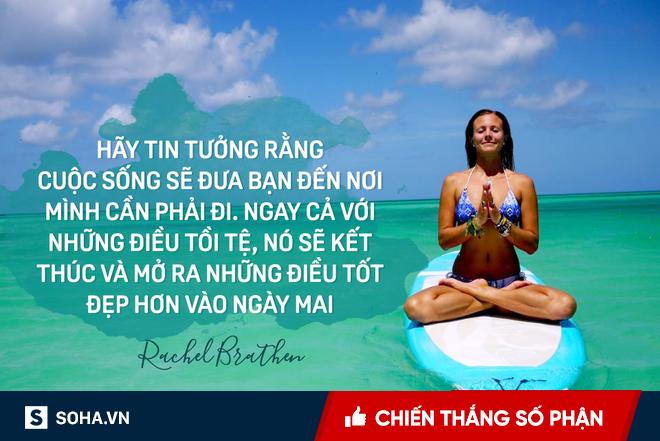 Bí mật dữ dội đằng sau tư thế trên nước tuyệt đỉnh của cô giáo yoga hot nhất thế giới - Ảnh 2.