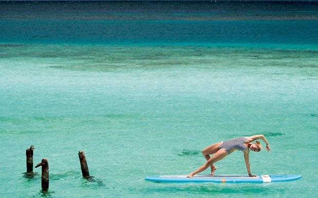 Bí mật dữ dội đằng sau tư thế trên nước tuyệt đỉnh của cô giáo yoga hot nhất thế giới - Ảnh 12.