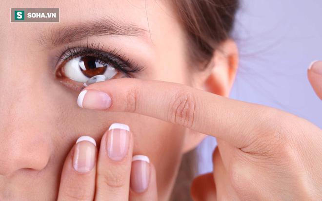8 lý do khiến đôi mắt mờ đi từng ngày nhưng nhiều người không hề hay biết - Ảnh 3.