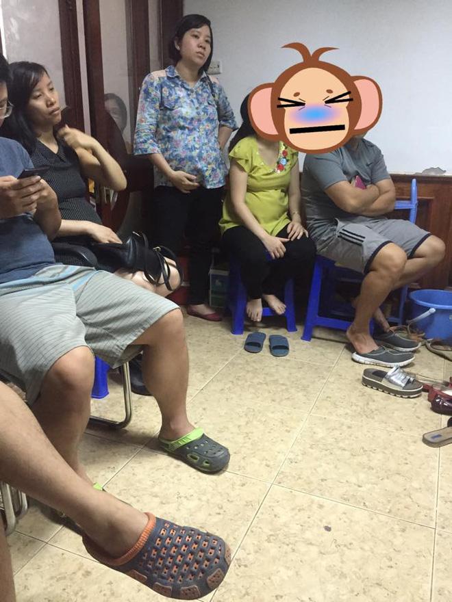Chị em dậy sóng vì cảnh các ông chồng chiếm ghế ngồi bấm điện thoại, bà bầu đứng la liệt trong phòng khám thai - Ảnh 2.