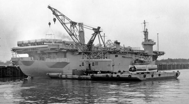Đặc công Việt Nam đánh chìm tàu sân bay Mỹ ra sao - Ảnh 1.