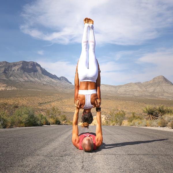 Gia đình Yoga nổi tiếng thế giới: Vì sao họ dành trọn đam mê và tình yêu cho Yoga? - Ảnh 24.