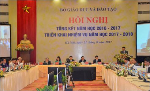 Bộ trưởng Phùng Xuân Nhạ đưa ra 3 giải pháp chính trong năm học mới - Ảnh 1.