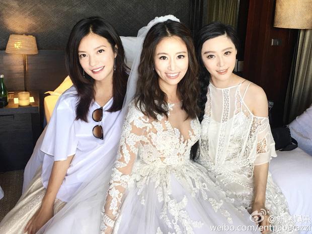Bộ ba Hoàn Châu Cách Cách sẽ tái ngộ, Trần Kiều Ân làm phù dâu cho hôn lễ thế kỷ của Phạm Băng Băng - Lý Thần - Ảnh 2.