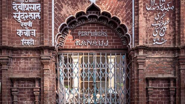 Kinh đô nước hoa của Ấn Độ, nơi cất giữ linh hồn của những mùi hương và cuộc chiến với ngành nước hoa công nghiệp - Ảnh 1.
