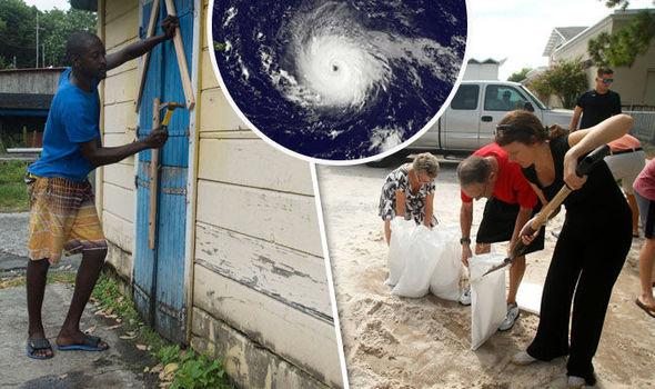 Sau Harvey, Irma là siêu bão quái vật sắp tấn công nước Mỹ, tạo sóng cao 3m - Ảnh 3.