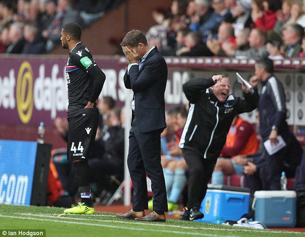 Xác định huấn luyện viên đầu tiên bị sa thải ở Premier League 2017/18 - Ảnh 2.