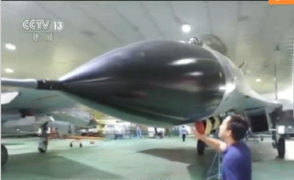 Phóng viên đột kích nhà máy sản xuất tiêm kích J-11 Trung Quốc: Phát hiện điều bất ngờ - Ảnh 1.