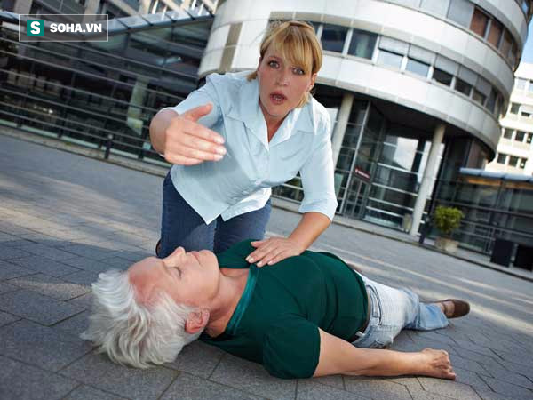 8 sai lầm khi sơ cứu khẩn cấp ai cũng phải biết phòng khi cần - Ảnh 3.