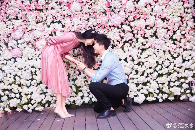 Lộ clip Lý Thần run rẩy nghe mẹ vợ dặn dò khi cầu hôn Phạm Băng Băng - Ảnh 2.