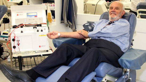 Sở hữu sức mạnh đặc biệt, ông lão 79 tuổi đã cứu sống 2 triệu sinh mạng trẻ sơ sinh trong suốt 60 năm - Ảnh 2.