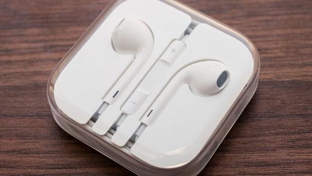 4 mẹo đơn giản để biết tai nghe iPhone của bạn có phải hàng thật hay không - Ảnh 1.