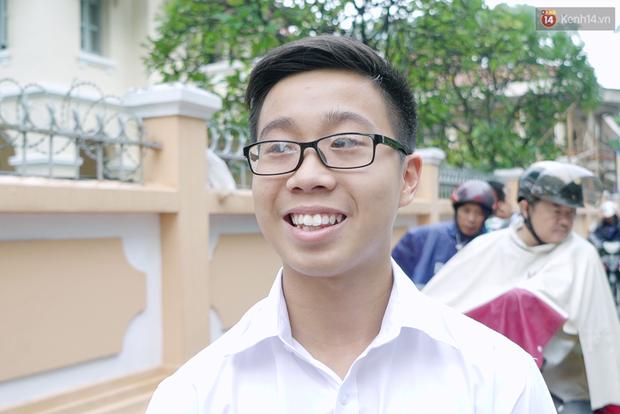 Chuyện chưa kể về bác bảo vệ mà học sinh chuyên Lê Hồng Phong cúi đầu chào mỗi ngày: Hiệp sĩ xích lô 21 lần bắt cướp - Ảnh 3.