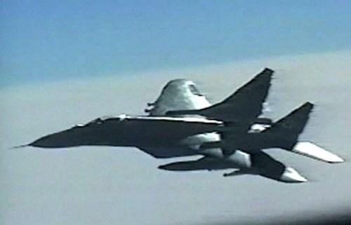 MiG-29 cổ lỗ có thể bắn hạ được B-1B Mỹ: Triều Tiên có tuyệt chiêu? - Ảnh 3.