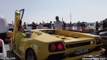 Hóa ra đây là cách người ta lùi siêu xe Lamborghini Diablo - Ảnh 1.