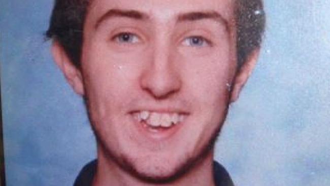 """Nữ tác giả Úc sát hại dã man thanh niên 18 để tìm """"khoái cảm giết người"""" - Ảnh 1."""
