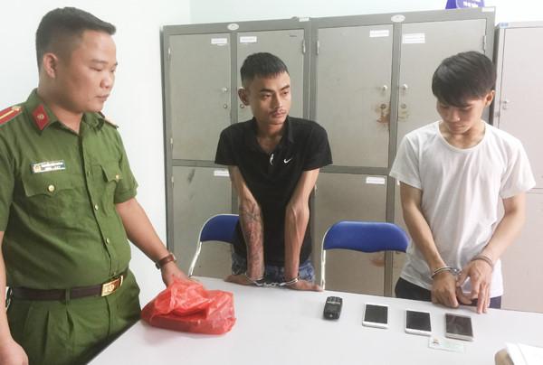 Cận cảnh máy sản xuất súng tự chế của nhóm cướp tài sản - Ảnh 3.