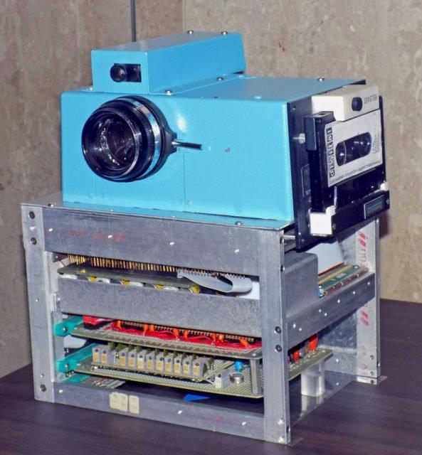 Năm 1975 Kodak đã sản xuất được máy ảnh kỹ thuật số, nhưng giấu đi không cho ai biết - Ảnh 2.