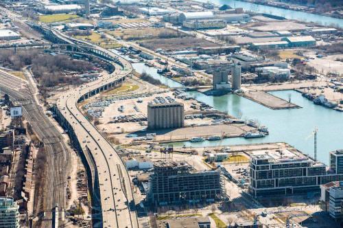 Google chi 50 triệu USD xây thành phố công nghệ cao tại Canada - Ảnh 1.