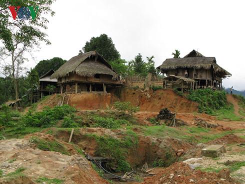 Tiềm ẩn nguy cơ sạt lở tại các huyện miền núi tỉnh Nghệ An - Ảnh 1.