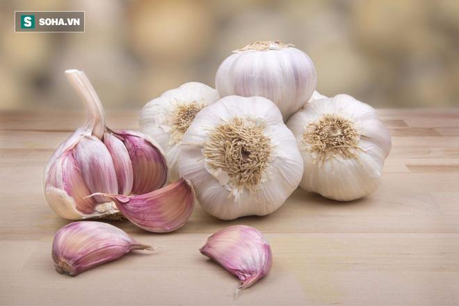 9 thực phẩm vừa loại bỏ chất độc vừa bảo vệ gan bạn nên ăn hàng ngày - Ảnh 1.