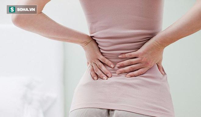 10 người sinh đẻ thì 9 người bị đau lưng: Nguyên nhân và cách phòng tránh bạn nên biết sớm - Ảnh 1.