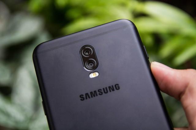 Dòng Galaxy J 2018 cần nâng cấp những gì để tiếp tục là Vua phân khúc tầm trung? - Ảnh 1.