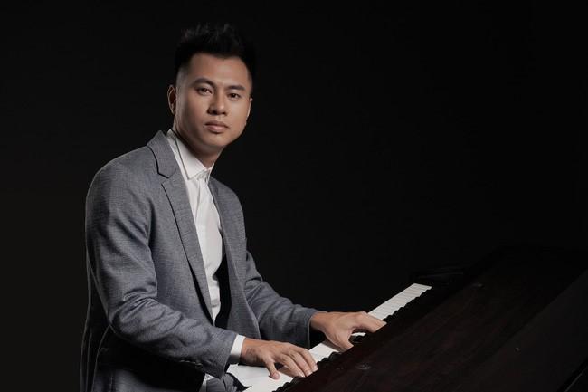 Nhận xét Miu Lê không đủ trình độ làm ca sĩ, Dương Cầm nhận gạch đá từ đồng nghiệp - Ảnh 1.