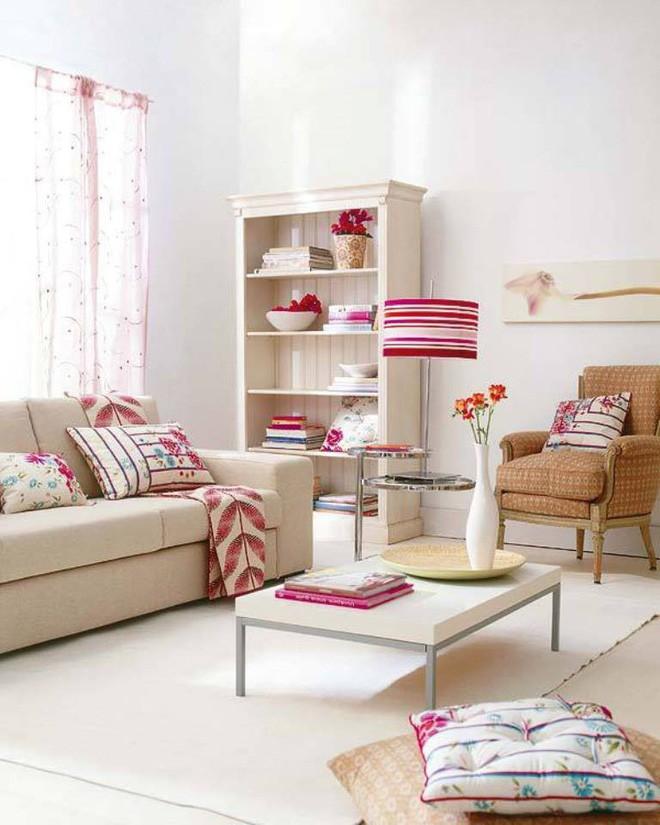 10 phòng khách nhỏ nhưng đẹp và vô cùng ấm cúng khiến bạn yêu từ cái nhìn đầu tiên - Ảnh 2.
